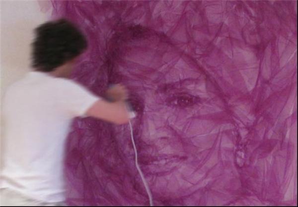 نقاشی با اتو بر روی پارچه ابریشمی+تصاویر